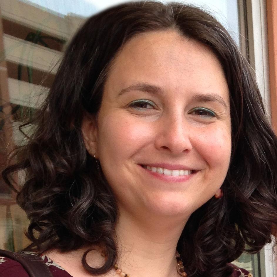 Elizabeth Austic - Content Creator